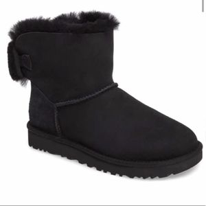 NWT Arielle Genuine Shearling Bootie